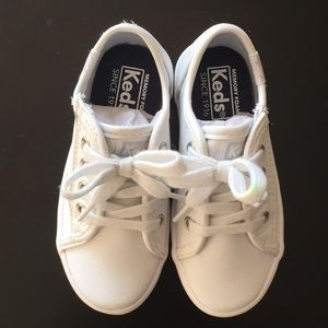 Keds Toddler Sneakers. Size 6.5M. NWT